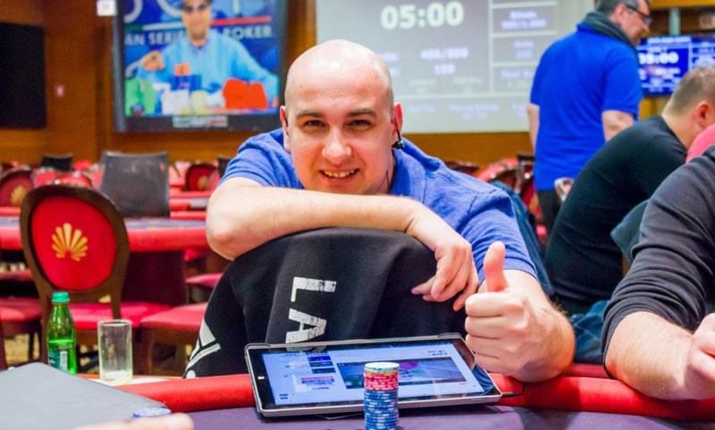Адриан Сорин за покерным столом