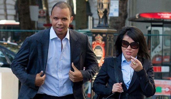 Айви и Чэн идут на суд