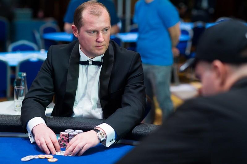 Анатолий Гуртовой пока единственный русскоязычный игрок, которому удалось попасть в призы в турнире с бай-ином $1,000,000