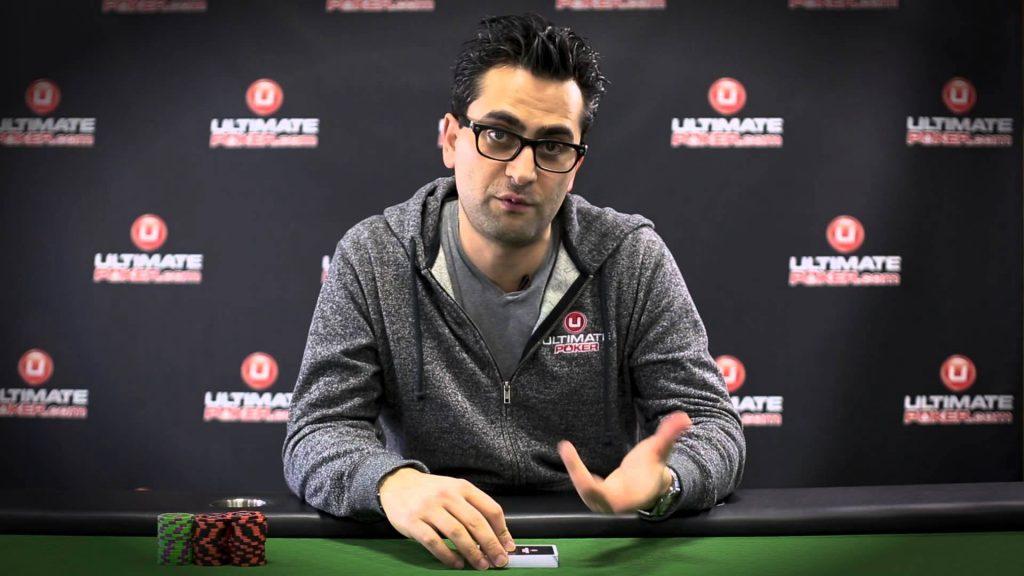 Антонио Эсфандиари за покерным столом