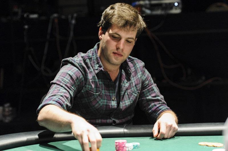 Бен Сульски за покерным столом