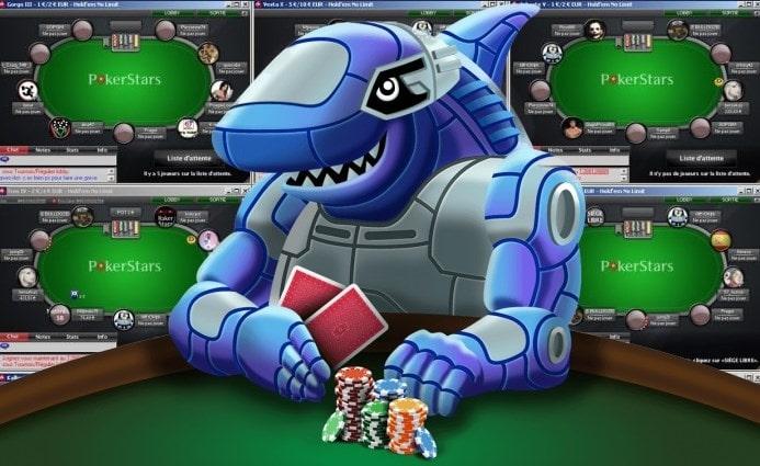 На фото акула-робот - метафора для покерного бота