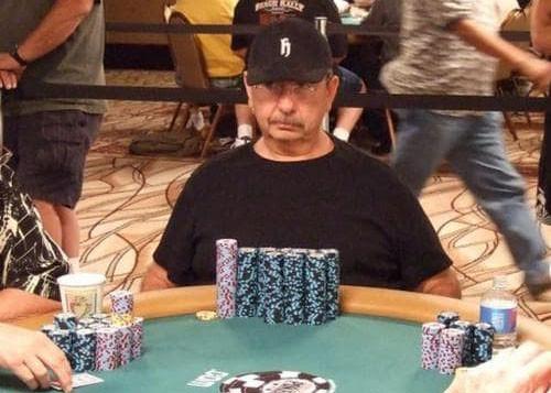Брэд Догерти за покерным столом