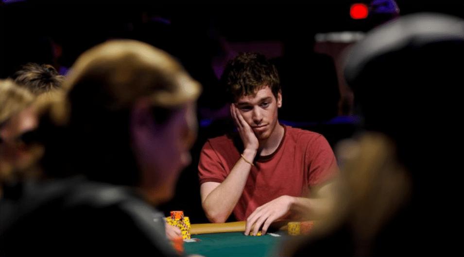 Джонатан Эпстейн за покерным столом