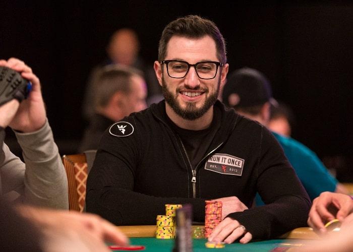 Фил Гальфонд — в прошлом самый успешный игрок в Омаху в интернете, ныне обладатель собственного покер-рума