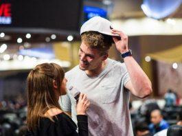 Фоксен и Бикнел пара в покере