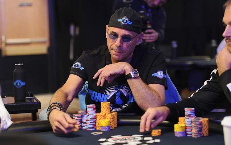 Ги Лалиберте за покерным столом