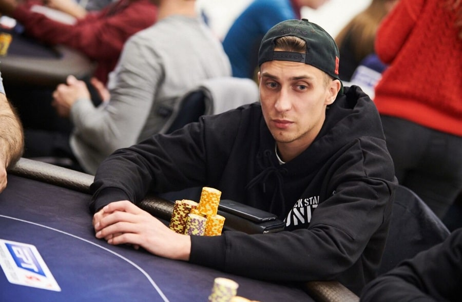 Максим Букреев: 3-ое место 3,650,500 руб.