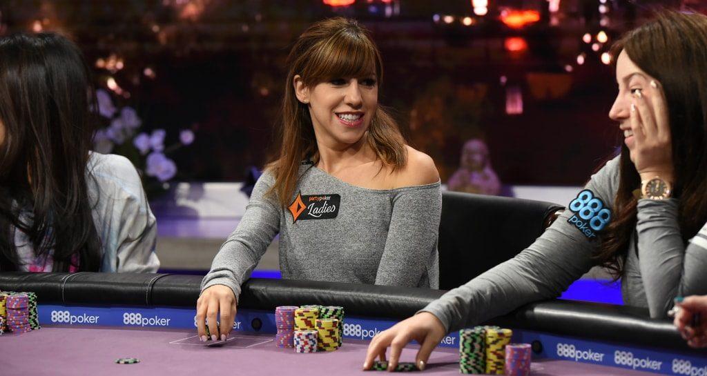 Кристен Бикнелл за покерным столом