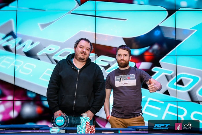 Слева - Антон Котляр ($8,850), справа - Алексей Иванов ($6,000)