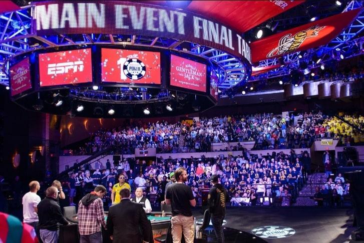 Трансляция финального стола Main Event WSOP 2018
