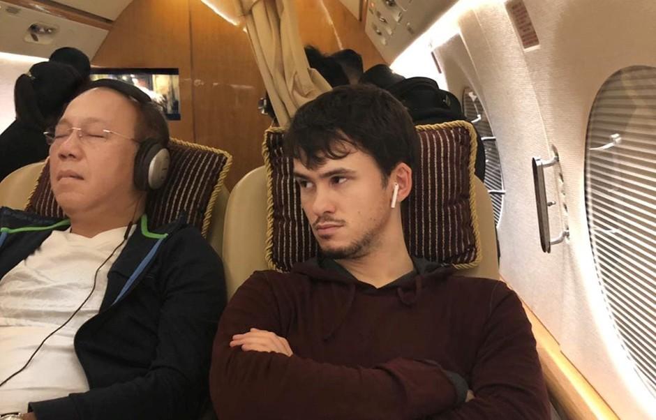 Трутеллер и Пол Фуа в частном самолете