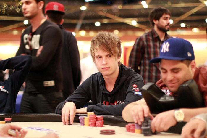 Виктор Блом за покерным столом