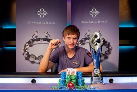 Виктор Блум выиграл пику ПокерСтарс