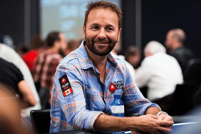 Даниэль Негреану за покерным столом