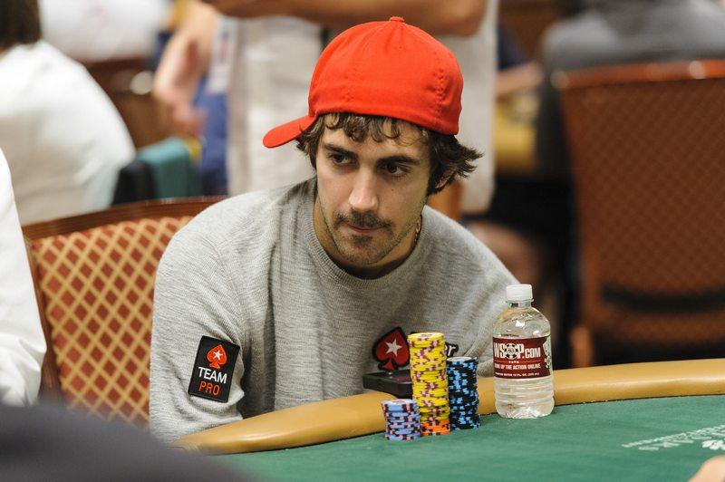 Джейсон Мерсье за покерным столом