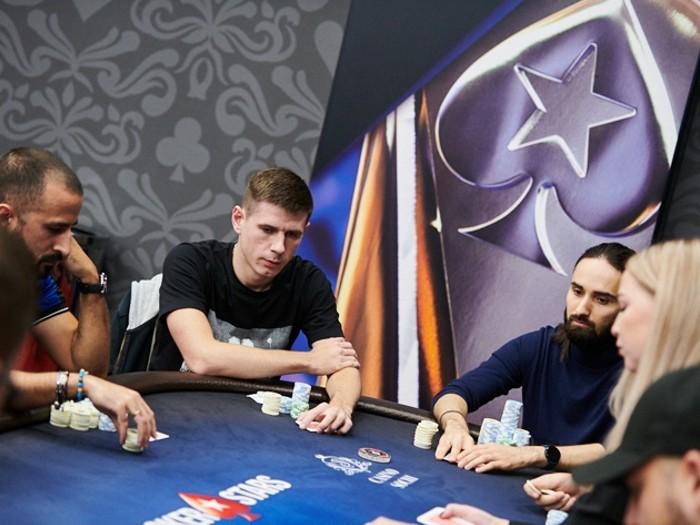 Смотреть покер в сочи онлайн фильм казино жанр