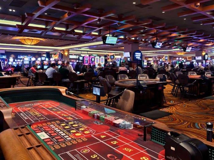 Видео снятые в казино мои контакт игровые автоматы играть бесплатно