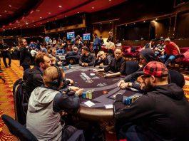 Покер в России