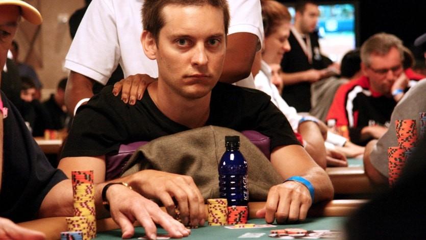 Тоби Магуайр за покерным столом