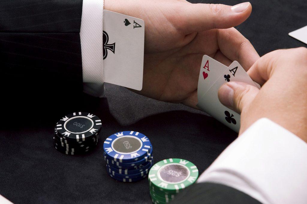 Хороший онлайн покер отзывы игровые автоматы мега джек шампанское играть бесплатно