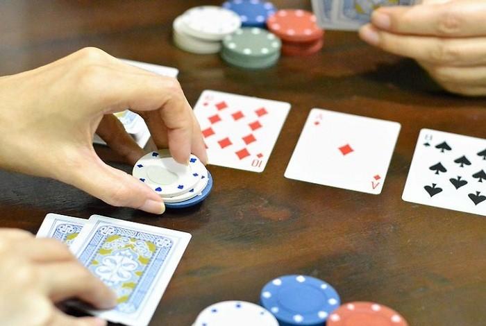 Расчет шансов банка в покере онлайн маркс играл в карты