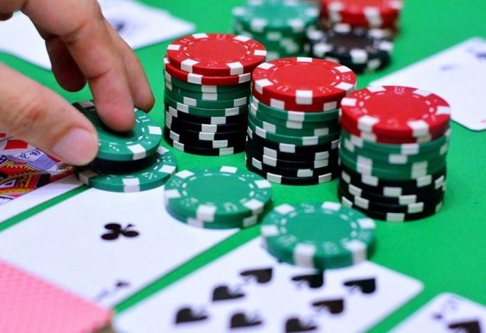 Играть покер омаха онлайн обыграй интернет казино